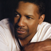 "Denzel Washington, erou in filmul ""Flight"""