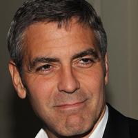 George Clooney nu va deveni tatic deoarece Stacy Keibler nu este insarcinata
