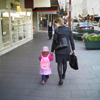 Copiii crescuti in mediile urbane, mai predispusi la alergiile alimentare