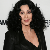 Viata lui Cher, expusa intr-un musical