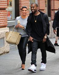 Kanye West, inel de logodna pentru Kim Kardashian