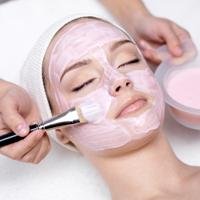 Cu ajutorul cremelor hidratante, tratamentele pentru cancerul de piele vor fi mai eficiente