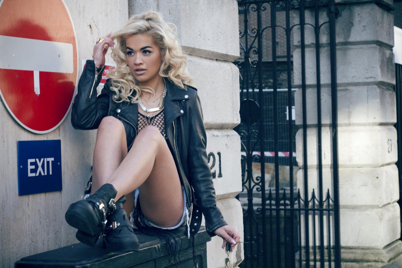 Rita Ora neaga zvonurile legate de o posibila relatie cu Rob Kardashian