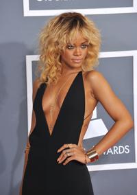 Rihanna, de vorba cu Oprah Winfrey despre incidentul cu Chris Brown