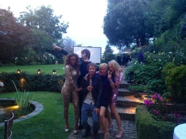 Spice Girls, petrecere pana in zori