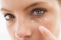 5 obiceiuri care nu trebuie sa lipseasca din ritualul zilnic de ingrijire a pielii