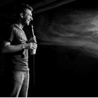 Stand-up comedy cu Teo, Vio si Radu Isac