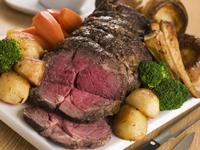 Consumul de carne rosie favorizeaza aparitia cancerului de colon