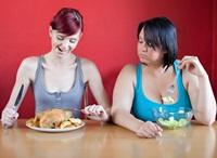 Expertii au dat verdictul: noua mese pe zi tin organismul sanatos