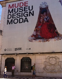 Un secol de moda… la Muzeul de Moda si Design
