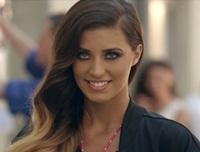 """Dans si energie in stil american, in videoclipul piesei """"Jameia"""""""