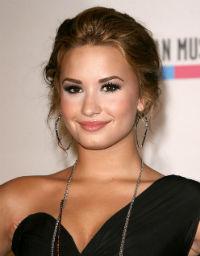 Demi Lovato, suparata pe presa