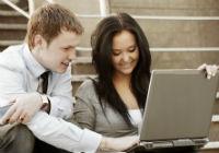 Lauda de sine la locul de munca aduce promovare