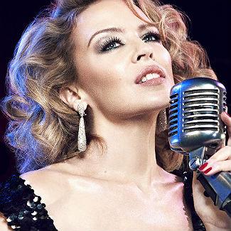 Kylie Minogue admira vocea cantaretei Christina Aguilera