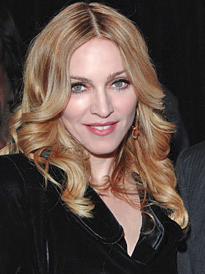 Madonna are din nou probleme cu vocea