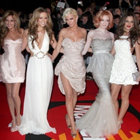 Girls Aloud pregatesc un nou single si un videoclip