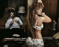 Poligamia, pusa pe umerii femeilor si pe structura genetica a barbatilor