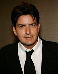 Charlie Sheen, pericol public?