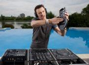 """DJ-ul Cristi Stanciu: """"In materie de muzica, ascult tot ce se poate asculta si nu dauneaza intelectului"""""""
