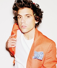 "Mika a lansat videoclipul piesei ""The Origin of Love"""