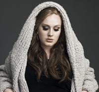 Numele fiului cantaretei Adele ramane un secret