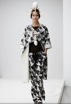 Despre creatiile celor 8 finalisti din cadrul H&M Design