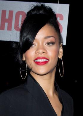 Rihanna, cea mai ascultata cantareata la National Prison Radio