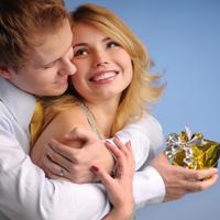 Barbatii cheltuiesc mai mult decat femeile de Valentine's Day