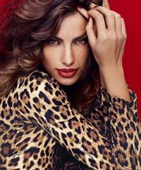 Madalina Ghenea, imaginea unui brand rusesc de haine
