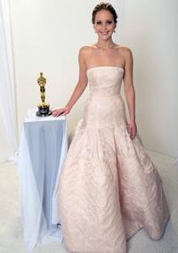 Vedetele feminine si ale lor accesorii de Oscar