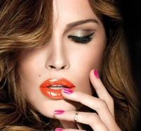 Maybelline NY aduce primavara pe buzele si unghiile tale