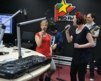 Veveritele de la Happy Hour au lansat si pe radio piesa BLL (Be le le), in premiera la ProFM