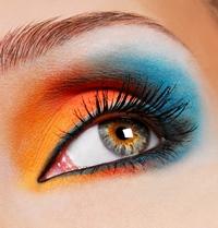 Primavara si trusa de make-up potrivita anotimpului
