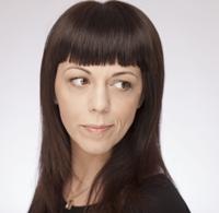 Andreea Tincu, designerul roman care isi prezinta cea mai recenta colectie in cadrul Mercedes-Benz Athens Designers Week