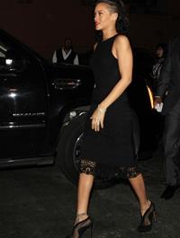 Rihanna, colaborare de succes cu brandul MAC