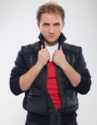 "Mihai Traistariu: ""Vreau sa fiu eu primul roman care aduce Eurovisionul in tara!"""