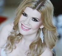 "Diana Matei, cantareata cu voce de aur, s-a implicat in campania ""Romania, tara inimilor mari!"""