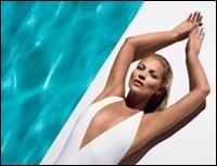 Kate Moss, imaginea produselor autobronzante marca St. Tropez