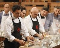 """Chef Sorin Bontea: """"Cea mai pretentioasa a fost Madonna (…) Am gatit impreuna cu bucatarul ei"""""""