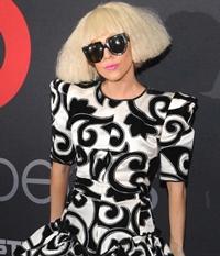 Lady Gaga, Rihanna, J.Lo. Eclectic style