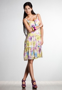 Fii feminina! Vara aceasta poarta rochii vaporoase!