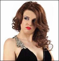 """Diana Bisinicu: """"O femeie implinita este o sotie fericita, o mama iubitoare si o femeie de cariera"""""""