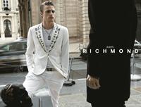 Brandul italian John Richmond, acum si in Romania!