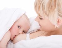 Alaptarea protejeaza mama de hipertensiunea arteriala