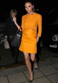 Gentile mari purtate dupa modelul Victoria Beckham, risc pentru sanatate