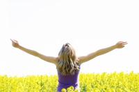 Expunerea la soare in randul adolescentilor reduce riscul aparitiei alergiilor