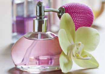 Cum iti gasesti parfumul de vara potrivit
