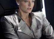 """Armani a creat costumele lui Jodie Foster din productia """"Elysium"""""""