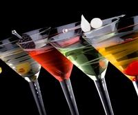 Efectele benefice ale consumului de alcool cu moderatie asupra pielii