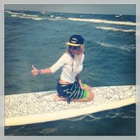 Creatoarea Maria Simion, surfing la Marea Neagra